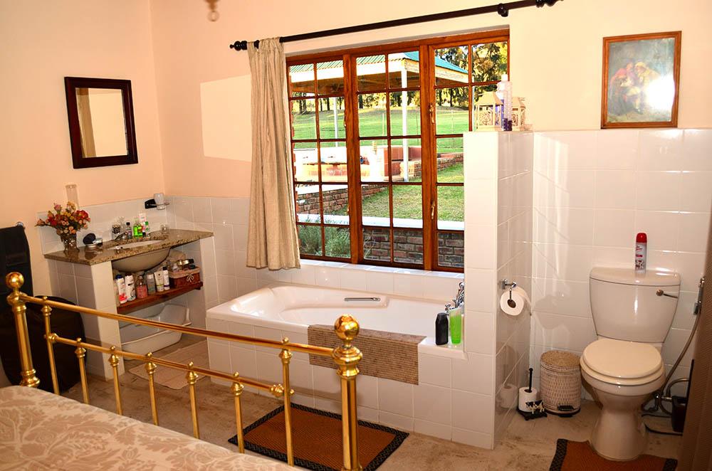 milkshed cottage bathroom